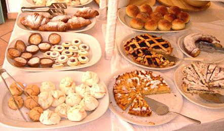 Hotel services: Buffet Breakfast
