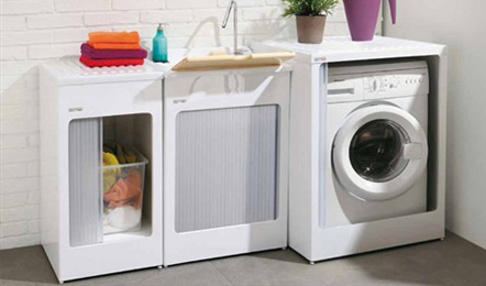 Hotel services: Laundry service